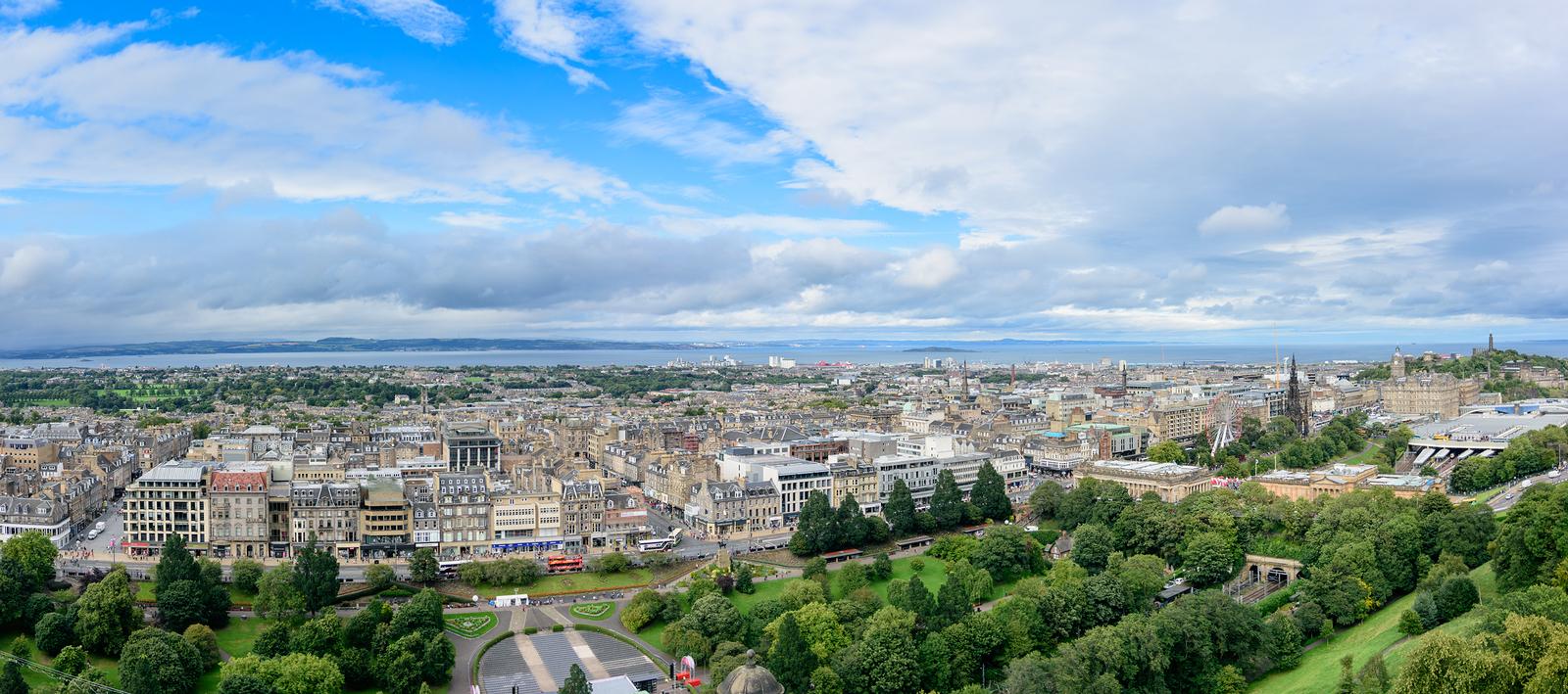 Hyr bil i Edinburgh