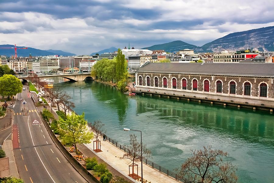 Hyr bil i Genève