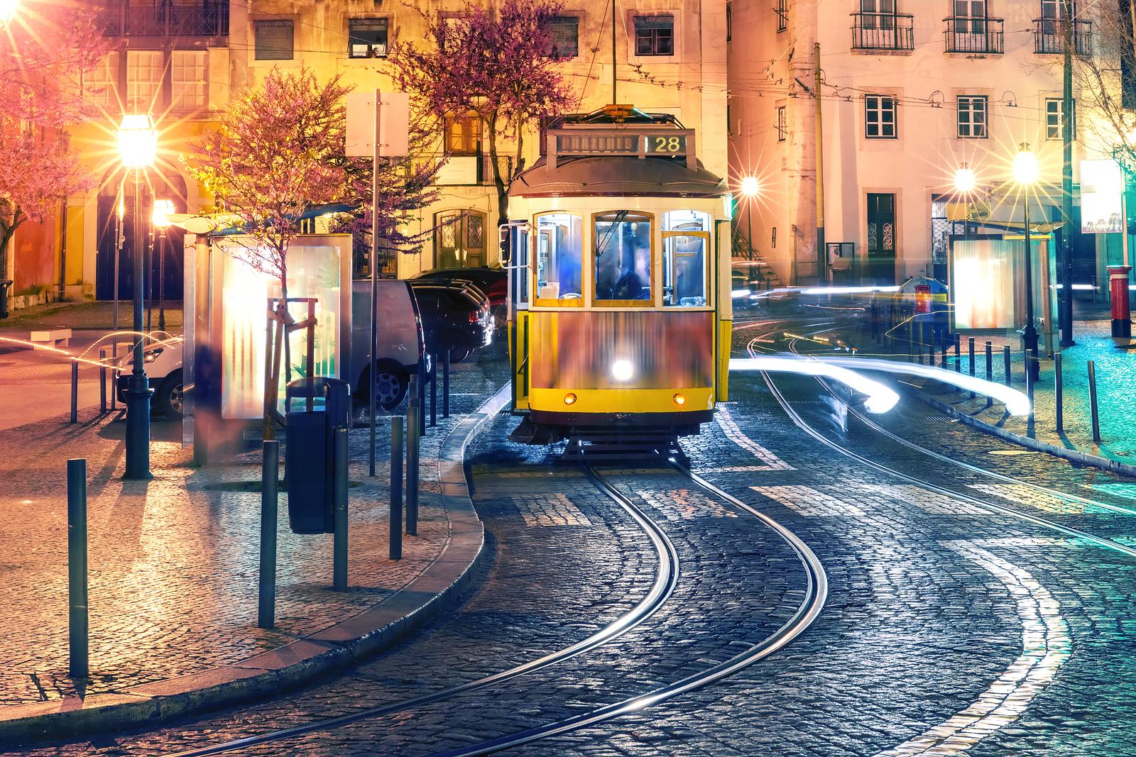 Hyr bil i Lissabon